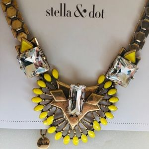 "Stella & Dot Norah statement necklace 18"" + 3"" ext"